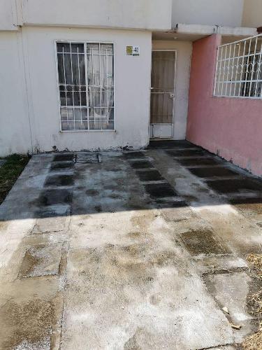 Casa Venta en Fraccionamiento paseo de los almendros, Cuautla  Morelos