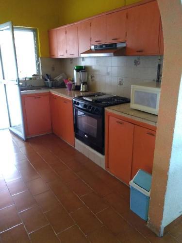 Casa Renta en Las Brisas, Temixco  Morelos