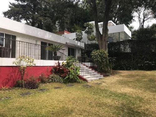Casa Venta en Jardines de Ahuatepec, Cuernavaca Morelos